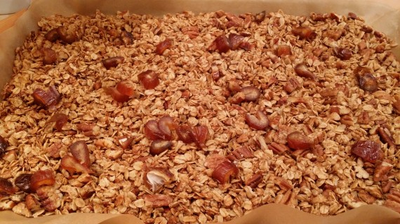 Slow Cooker Granola. I kid you not.
