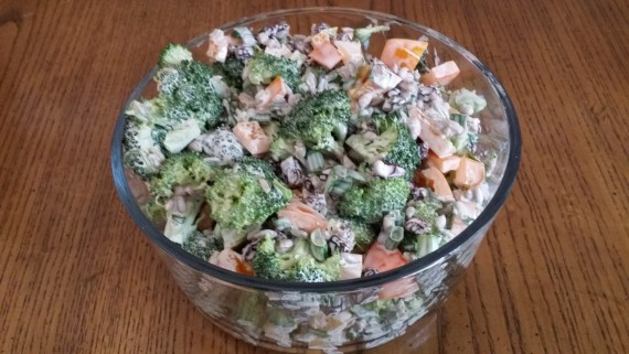 Broccoli Salad That Doesn't Suck (with raw broccoli)