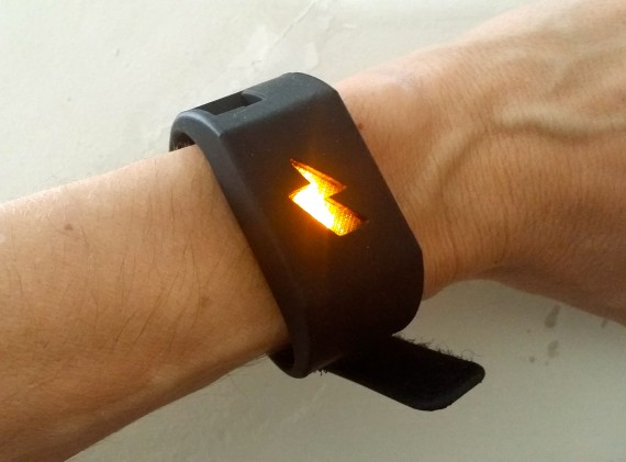 Zap! Pavlok in action. Yowza.