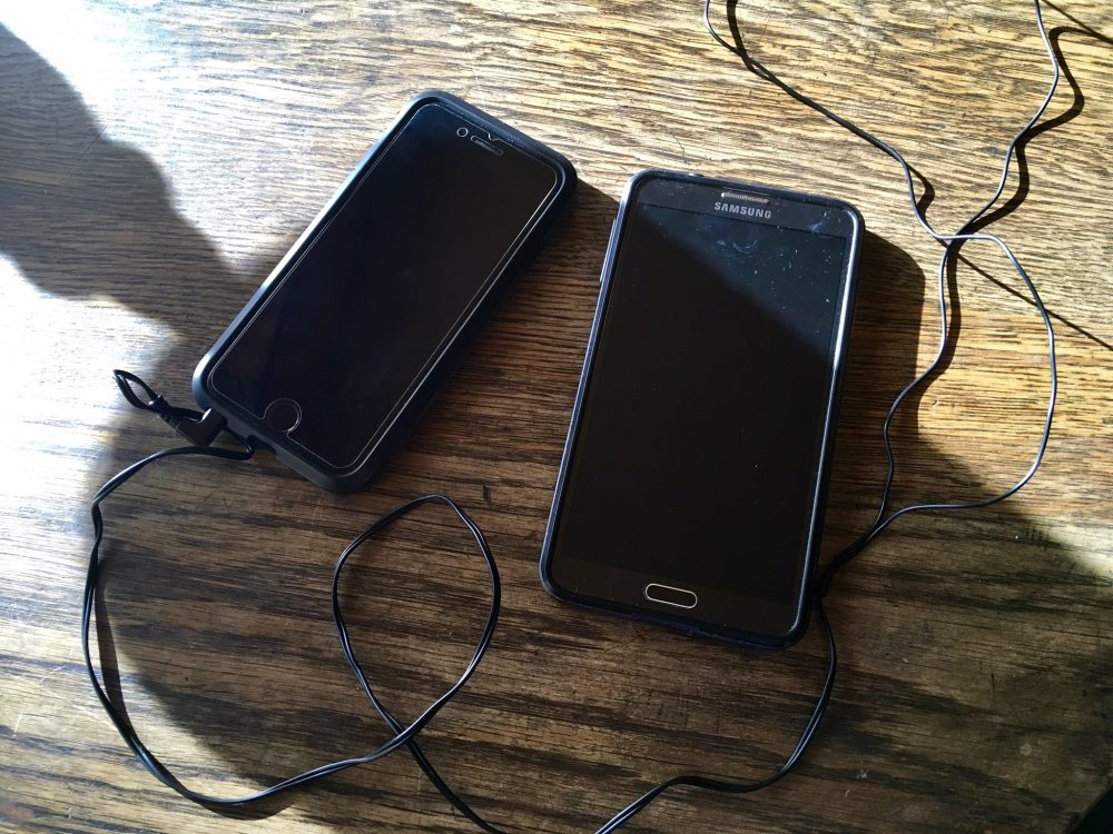 Phones for travel: iPhone and Note 3
