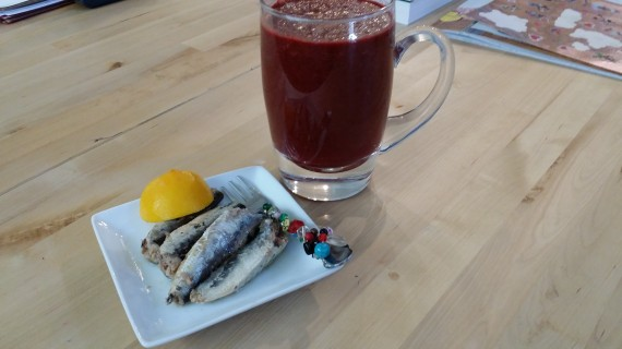 Large smoothie and sardines cuz I want to live longer.