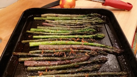 Roasted asparagus with blood orange zest