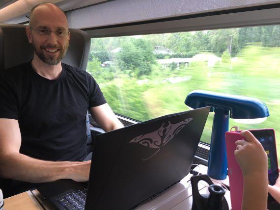 Digital Nomad Office - Remote Working
