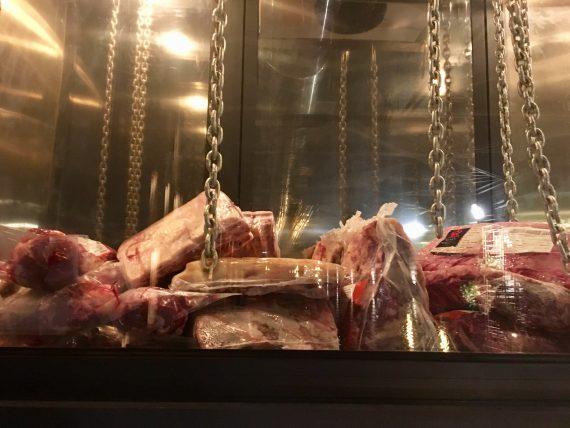 raw meat at MUU